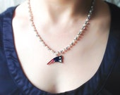 New England Patriots Sparkle & Pearl Necklace