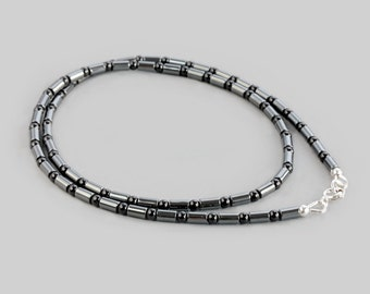 Gunmetal Hematite Black Agate Necklace / 925 Sterling Silver / Minimalist Necklace / Slim Delicate Necklace