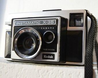 Kodak Instamatic X-35 1970s Viewfinder Camera