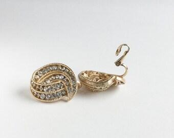Swanky c1950 Rhinestone Trifari Earrings