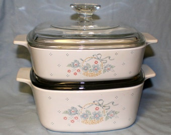 Corning Ware Pyrex COUNTRY CORNFLOWER Casserole Dishes with Lids 1 1/2 and 1 Quart Dishes Set of 2