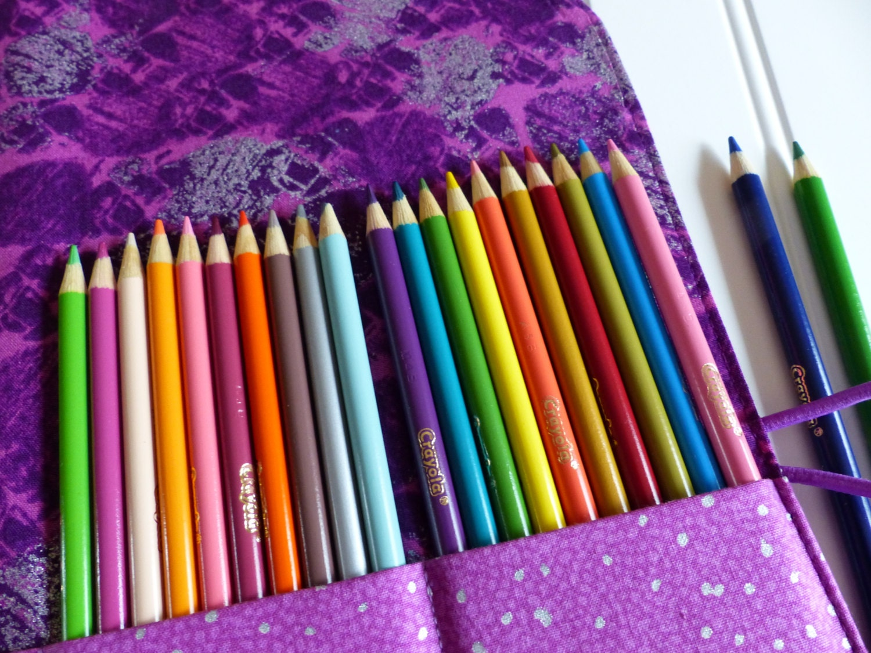 colored pencil holder 50 pencil roll colored pencil case. Black Bedroom Furniture Sets. Home Design Ideas