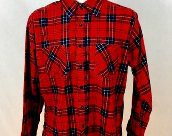 Vintage Medium Men's Button-Down DOUBLE BREAST POCKET Red Flannel Shirt