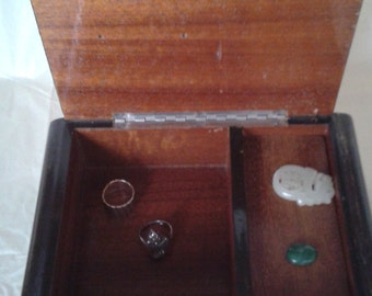 A wooden music box for trinkets and for jewellery / jewelry (Lara's theme)