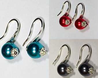 """""""Ideal"""" earrings, Silver, glass pearl beads"""