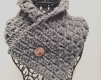 Gray Chunky Button Cowl