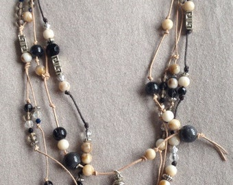 Beige leather beaded necklace