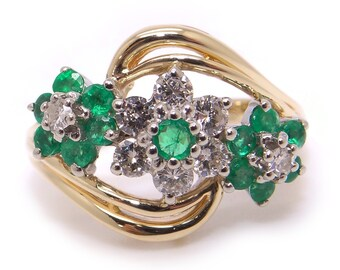 14k Yellow Gold .78ct Round Cut Emerald & Diamond Flower Cluster Ring