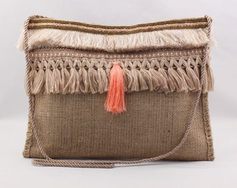 Bag burlap and fringes