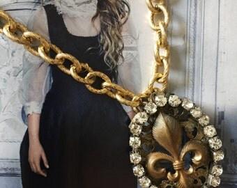 Fleur De Lis vintage pendant necklace