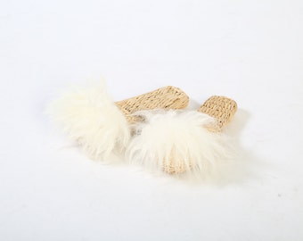 Lamb fur bridesmaids gift package, bridesmaids gift, slippers, wedding day slippers, indoor shoes, fur slippers, Folk Fortune fur slippers