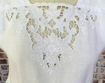 1980s Paper White Linen Cutwork Lace dress Pinafore