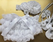 Baby Girl Outfit White Lace Diaper Cover-Bloomers-Preemie-Clothes-Newborn ruffle lace bloomers W bow, white lace diaper cover, newborn girl