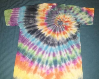 Hand tie dyed spiral t shirt size small