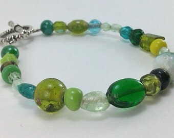 Green Lime Green Yellow Green Blue Green Turquoise Blue Pale Blue Olive Green Black Faceted Beaded Glass Handmade One-of-a-Kind Bracelet
