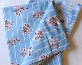 Vintage Feedsack Fabric Floral Cotton Daisies Blue