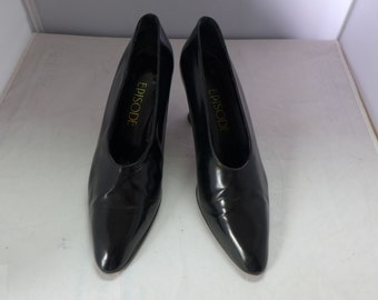 """Black  Pumps  Made In Italy Vero Cuoio  """"(Episode)   Size 39.5  Heels 3.25 Gently  Worn!"""