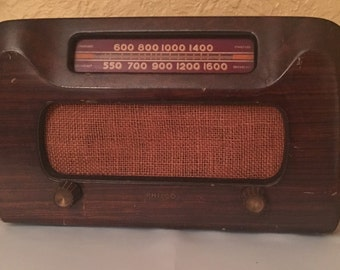 Vintage 1940's Philco Tube Radio, Model 46-421, Tabletop Radio, Retro Radio