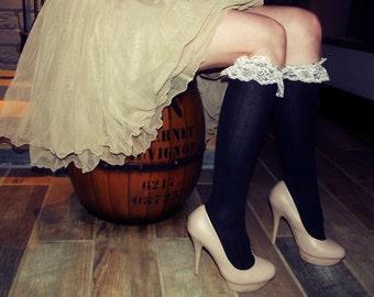 Ladies' Lace Embellished Knee High Socks - Retro/Vintage Style/Fancy/Cute/Trendy