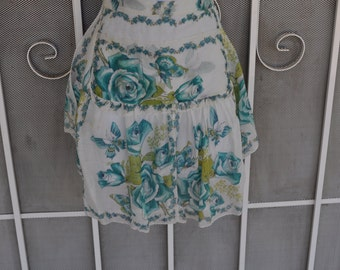 Vintage 1940s White Apron with Blue Rose Pattern