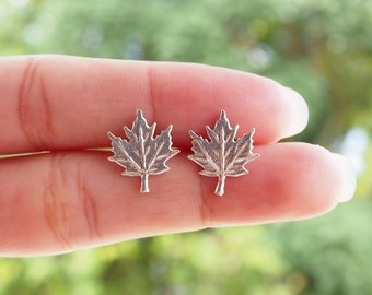 A Pair of Maple Leaf Stud, Maple Earrings, Leaf earrings, 925 Sterling Silver, Bridesmaid Gift, Everyday Jewelry - SB30