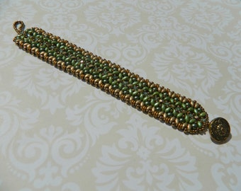 Green and gold super duos bracelet