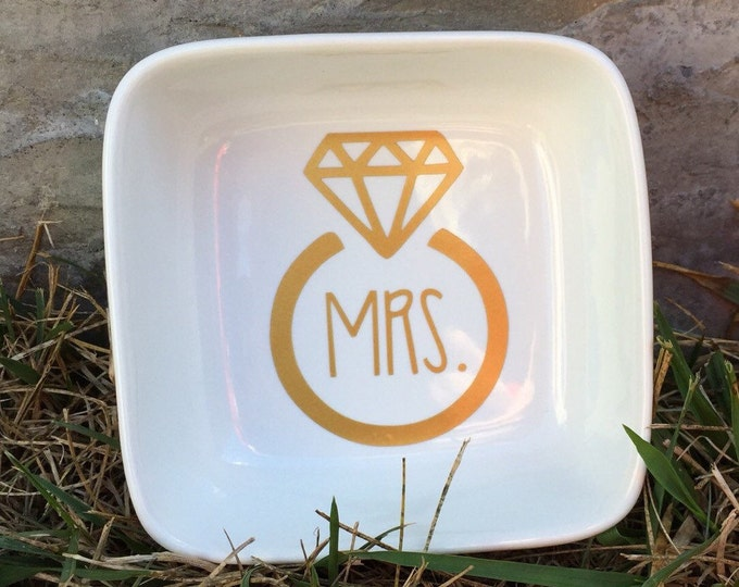 Mrs. Ring Holder || Mrs. || Personalized || Mrs. Ring Holder || Ring Dish