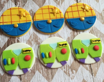 Fondant Buzz and Woody Toy Story cupcake toppers