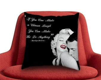Marilyn Monroe Quotes If You Can Make a Women Laugh // Custom Square and Rectangle Zippered Pillow Case