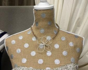 Wedding Wire Flower Necklace