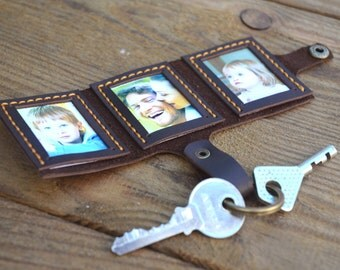 Photo book Keychain, Monogramed Case keyring, Memory Photo Book, Photo holder, Picture frame, Leather Keychain, Best Gift, Gift wrap (064)