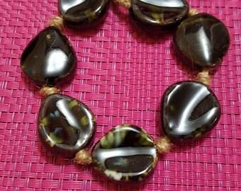 Dark Brown and Green Ceramic Leaf-Shape Bead, 7 Piece AJM63715317