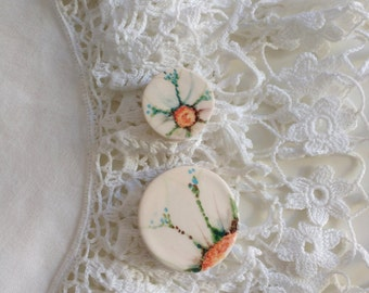 PAIR of MAJOLICA daisies to be set