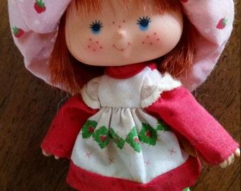 American Greetings Kenner Strawberry Shortcake Dolls and Raincoat Set