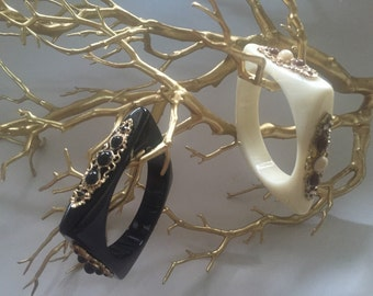 Bangle bracelets beige or black