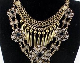 New Design Vintage Gold Big Chunky Statement Crystal Pendant Women Necklace