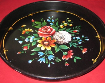 Metal Tole Ware Tray/Round Metal Tray Platter/Vintage Floral Tray/Vintage Round Metal Tray/Vintage Black Tray