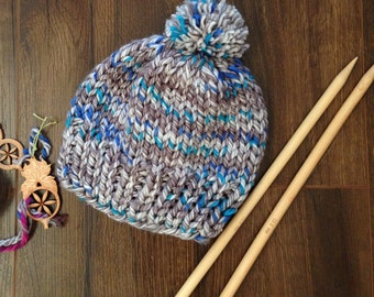 Luxurious Chunky Knit Hat - Glows in The Dark - Mixed Greys and Blues