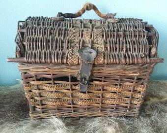 Antique French wicker railway egg travel basket home décor brocante