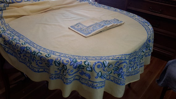 Vintage Yellow And Blue Oval Shaped Cotton Tablecloth With 7