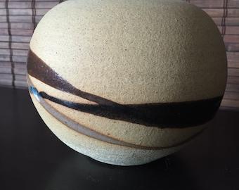 Beautiful Mid Century Modern Pottery Vase