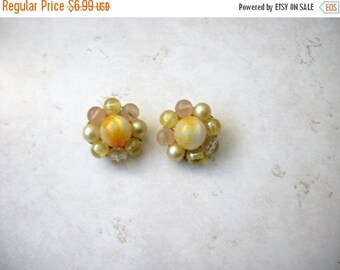 ON SALE Vintage Karu Arke Inc Signed Cluster Earrings 72816