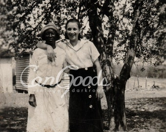 Ladies on the Farm, ca. 1940s, DIGITAL DOWNLOAD
