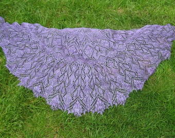 Handmade knitted lace semicircle lilac colour shawl, 100% silk shawl with beads.