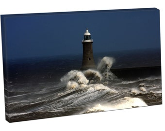FO0305 Print On Canvas Tynemouth Pier Stone breakwater STORM WAVES CRASHING