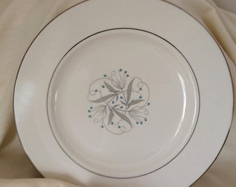 Fine China Plate - Homer Laughlin Dinnerware - Vintage Homer Laughlin