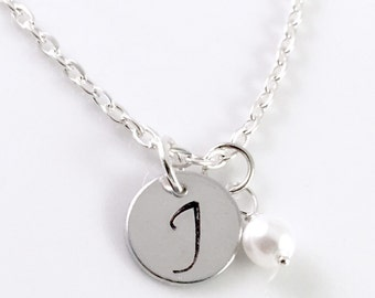 Personalized pearl necklace, initial necklace, initial charm pearl necklace, Bridesmaid necklace, Pearl Necklace, Initial Necklace