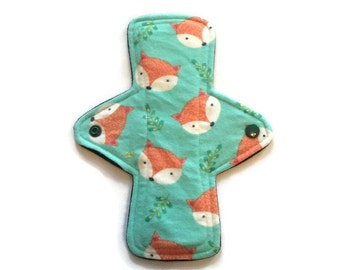 8.5 inch flannel moderate flow cloth pad - fox