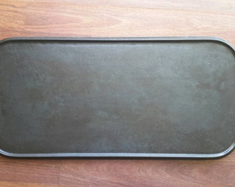 Large cast iron griddle