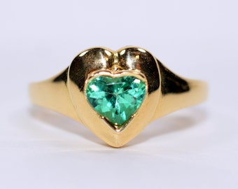 One of a Kind 1ct Heart Colombian Emerald 18kt Yellow Gold Ring